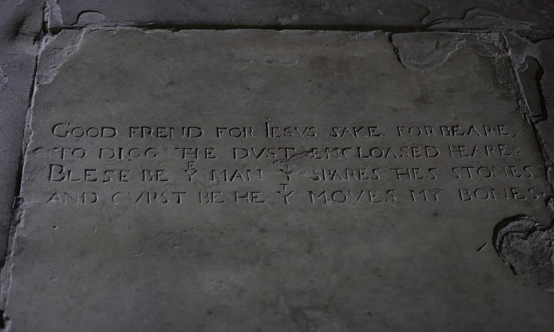 Photo of Shakespeare's Grave Stone